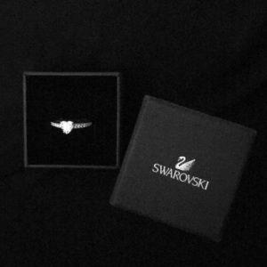Swarovski Crystal Heart Ring - size 6